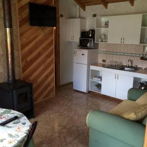 Hotel Pictures: Hostal y Cabañas Monte de Sion, Niebla
