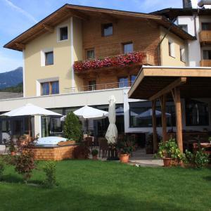 ホテル写真: Hotel Rettenberg, Kolsass
