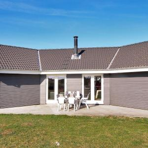 Hotel Pictures: Holiday home Skjern 637 with Terrace, Lem