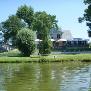 Hotelbilleder: Villa-Meehr, Bantikow