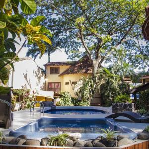 Hotel Pictures: Hotel Mamiri, Tamarindo