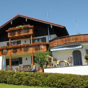 Hotelbilleder: Gästehaus Bergfrieden, Bolsterlang