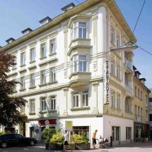 Фотографии отеля: Stadthotel Hauser Eck, Санкт-Пельтен