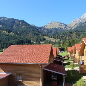Fotos do Hotel: Feriendorf am Hahnenkamm, Reutte