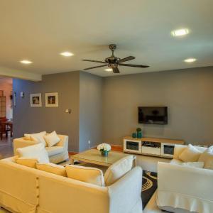 Foto Hotel: LSE @ Bayu Putri Private Apartment 1, Johor Bahru