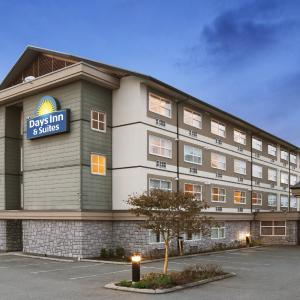 Hotel Pictures: Days Inn & Suites Langley, Langley