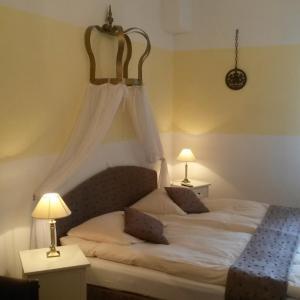 Hotel Pictures: Gästehaus 'Zum Schmidt'e Richard', Lorch am Rhein