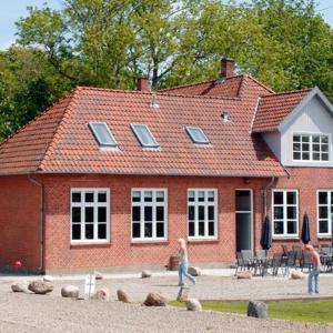 Hotel Pictures: Eight-Bedroom Holiday home in Bolderslev, Bolderslev