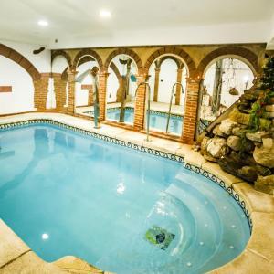 Hotel Pictures: Casa Rural La Chirumba, Aldeatejada