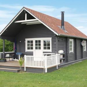 Hotel Pictures: Two-Bedroom Holiday home in Hovborg 2, Hovborg