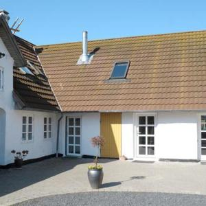 Hotel Pictures: Four-Bedroom Holiday home in Ribe 1, Ribe