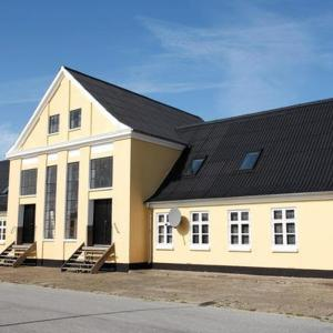 Hotel Pictures: Three-Bedroom Holiday home in Bindslev 4, Tuen