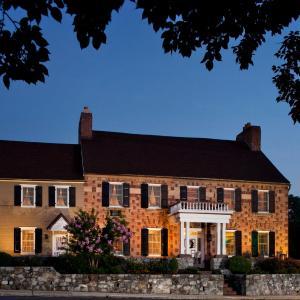 Hotel Pictures: Historic Smithton Inn, Ephrata