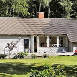 Hotel Pictures: Two-Bedroom Holiday home in Nykøbing Sj 8, Nykøbing Sjælland