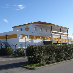 Hotel Pictures: Première Classe Perpignan Nord, Rivesaltes