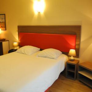 Hotel Pictures: Villa Val Senart 1ere Avenue, Quincy-sous-Sénart