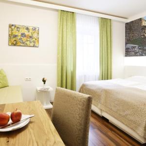Hotelbilleder: Gasthof Pack zur Lebing Au, Hartberg