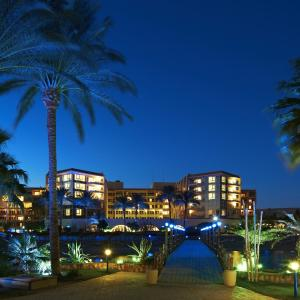 Hotel Pictures: Hurghada Suites & Apartments Serviced by Marriott, Hurghada