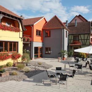 Hotel Pictures: Les Portes de la Vallee, Turckheim