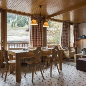 Hotel Pictures: Appartement Dou Du Midi, Courchevel