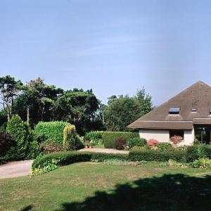 Hotel Pictures: Villa Flore Chambres d'Hotes, Ault
