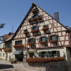 Hotelbilleder: Gasthof Zur Krone, Mitteleschenbach