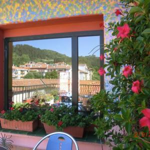 Hotel Pictures: Akelarre Ostatua, Guernica y Luno