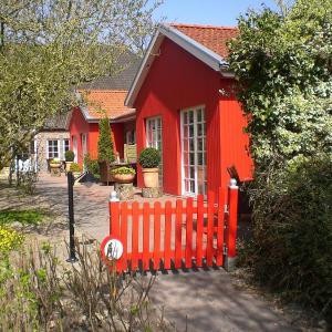 Hotel Pictures: Katrins Ferienhof, Wüppels