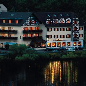 Hotel Pictures: Hotel Traube, Löf