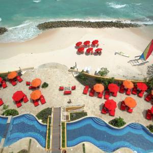 Foto Hotel: Ocean Two Resort & Residences by Ocean Hotels, Christ Church