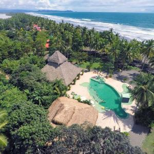 Hotel Pictures: Clandestino Beach Resort, Parrita