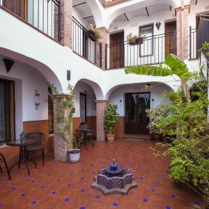 Hotel Pictures: Al-Mudawar, Almodóvar del Río