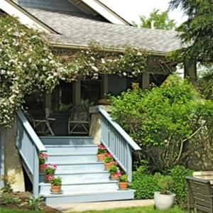 Hotel Pictures: Orchard House Bed and Breakfast, Sidney