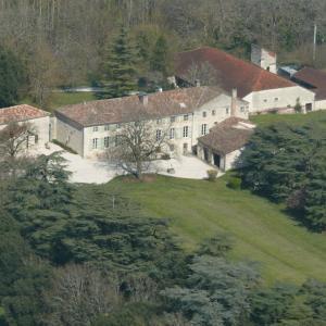 Hotel Pictures: Domaine de Lamassas, Hautefage-la-Tour