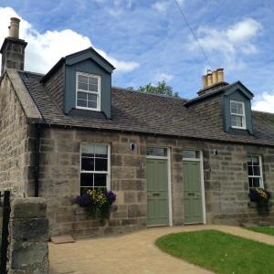 Hotel Pictures: Roslin Cobblers Cottages, Roslin