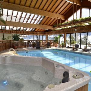 Hotel Pictures: Hotel Le Ferraillon, Abondance