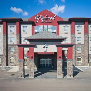 Hotel Pictures: Redwood Inn & Suites, Clairmont