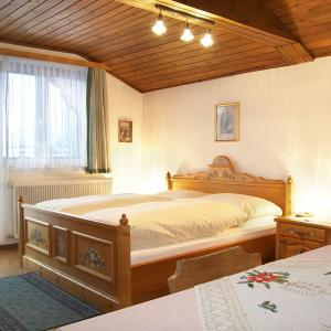 Hotel Pictures: Gasthof Pension St. Wolfgang, Kirchberg am Wechsel