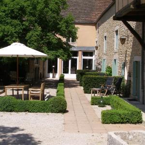 Hotel Pictures: Charme Hotel La Dominotte, Demigny