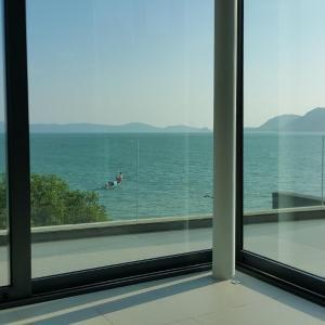 酒店图片: Eva Phuket Beachfront Villa 5, 拉威海滩