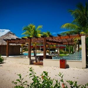 Hotel Pictures: Los Porticos Villas, Placencia Village