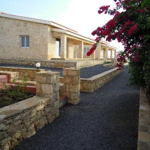 Hotel Pictures: Stella Maris Village, Vila do Maio