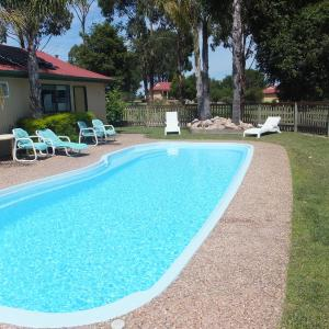 Hotel Pictures: Lakes Entrance Country Cottages, Lakes Entrance