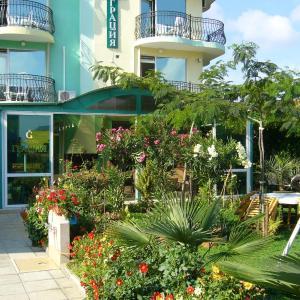酒店图片: Hotel Grace, Lozenets