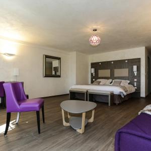 Hotel Pictures: Les Olivades, Gap