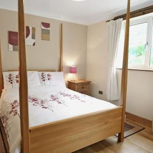 Hotel Pictures: Woodside Cottage, Monmouth