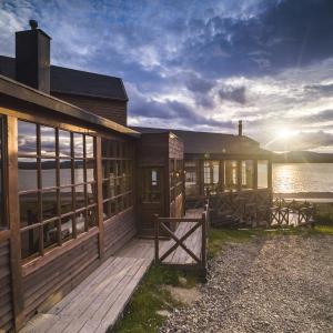 Hotel Pictures: Weskar Lodge, Puerto Natales