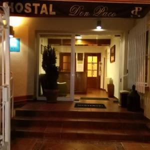 Hotel Pictures: Hostal Don Paco, Badajoz