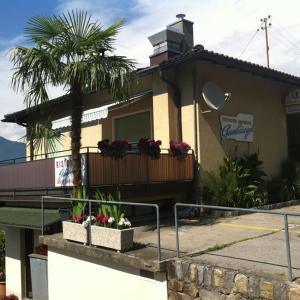 Hotel Pictures: Ristorante Gambarogno, Piazzogna