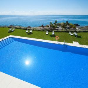 Hotel Pictures: Apartamentos Fuerte Calaceite, Torrox Costa